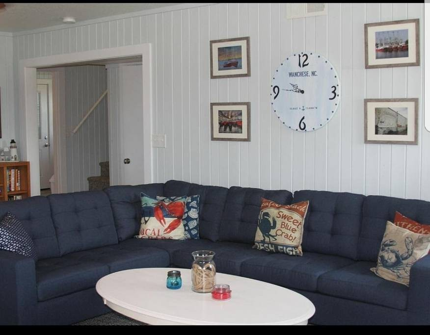 Living Room / Wanchese Marina Rental Home