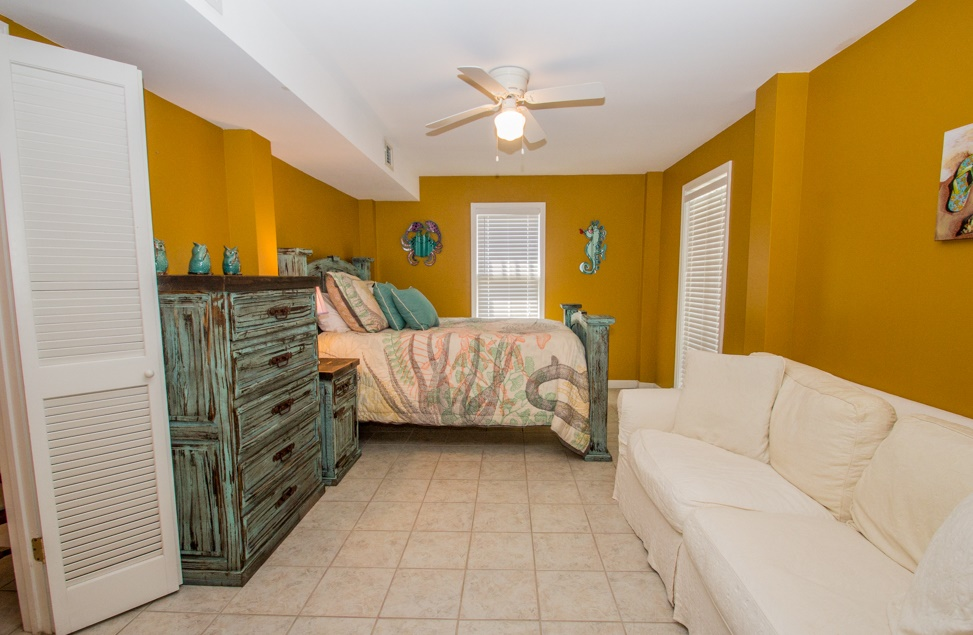 Taking photos of your outer banks vacation rental is very important